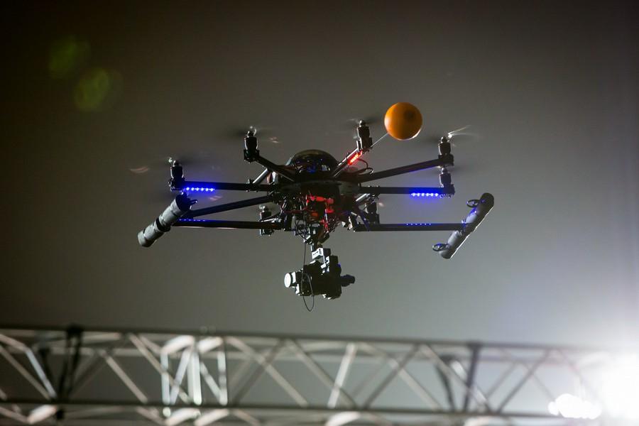 dron WC 3