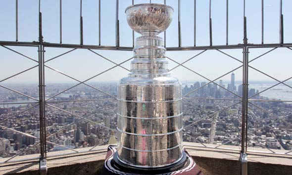 Former New York Ranger Adam Graves Visits The Empire State Building With The Stanley Cup