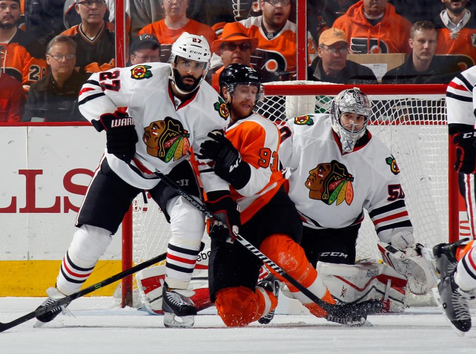 Chicago Blackhawks v Philadelphia Flyers