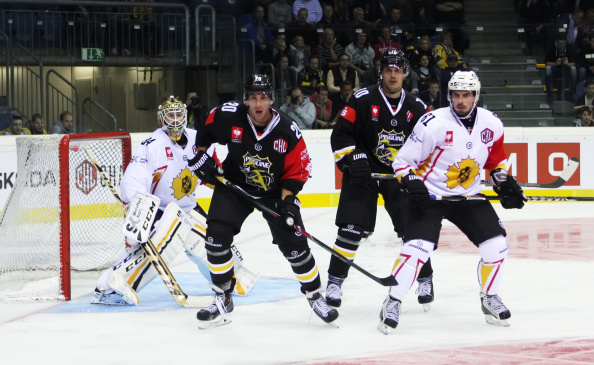 Krefeld Pinguine v Skelleftea AIK - Champions Hockey League