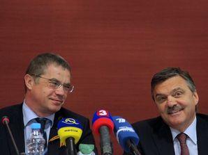 HOKEJ: TB Fasela a Medvedeva