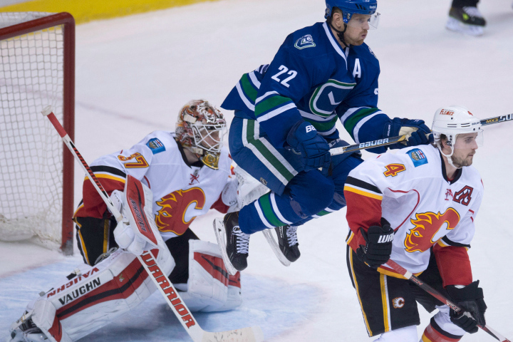 canucks-flames-720