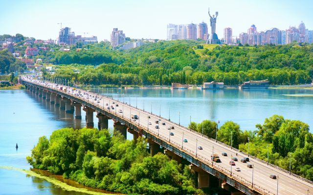 Kijev 4